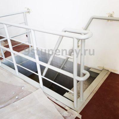 Техническая лестница в подвал (6)