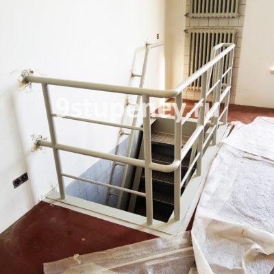 Техническая лестница в подвал (8)